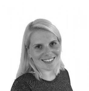 Esther Tenge (Brussels office)