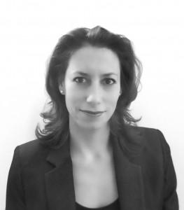 Mariana Chaves (Associate)